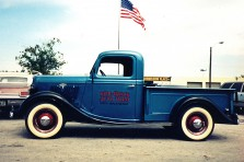 Traditional_American_Engines_35er_Ford_Pick_up_1